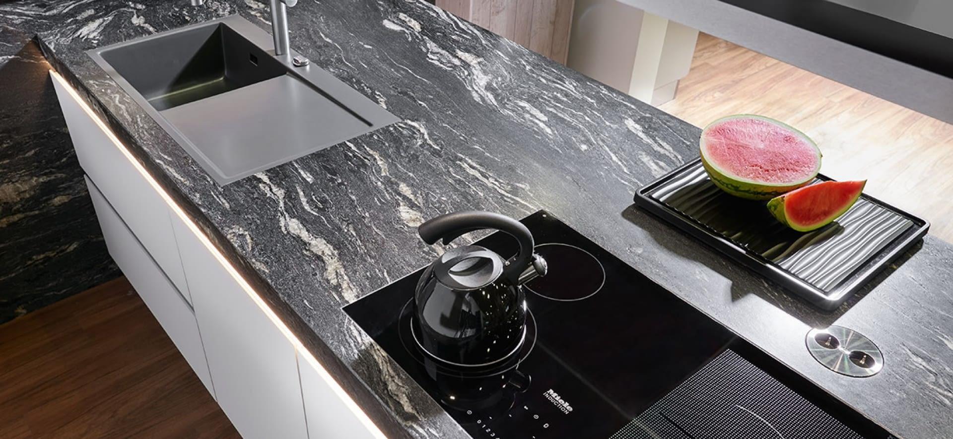 Granitpflege: Worauf Sie achten müssen - Marquardt Küchen