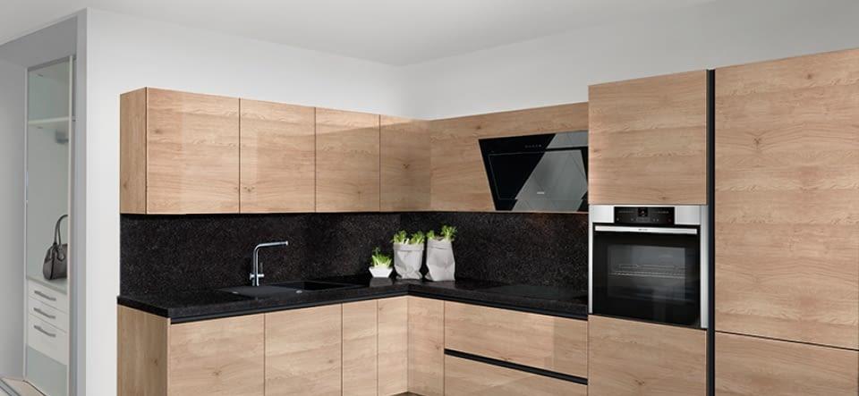 helle l k che mit virginia black naturstein marquardt k chen. Black Bedroom Furniture Sets. Home Design Ideas