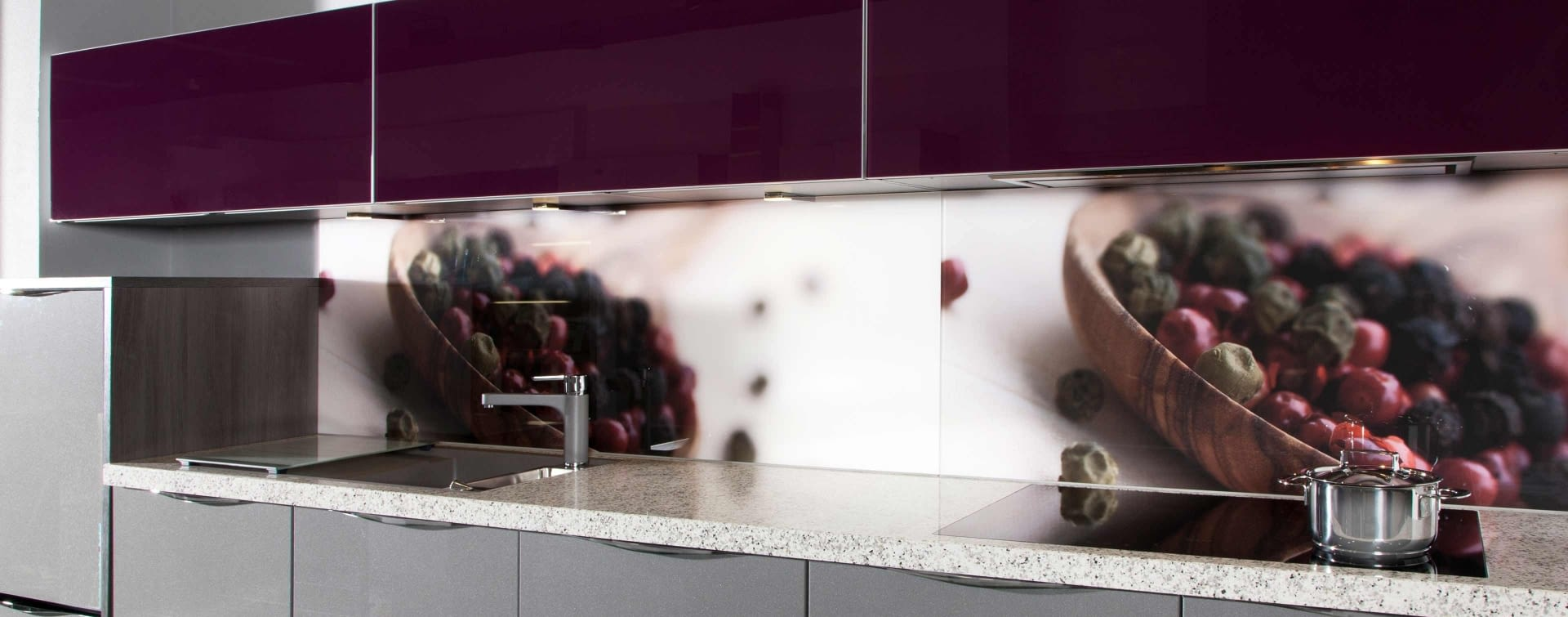 Nischenpaneele aus Glas - Marquardt Küchen