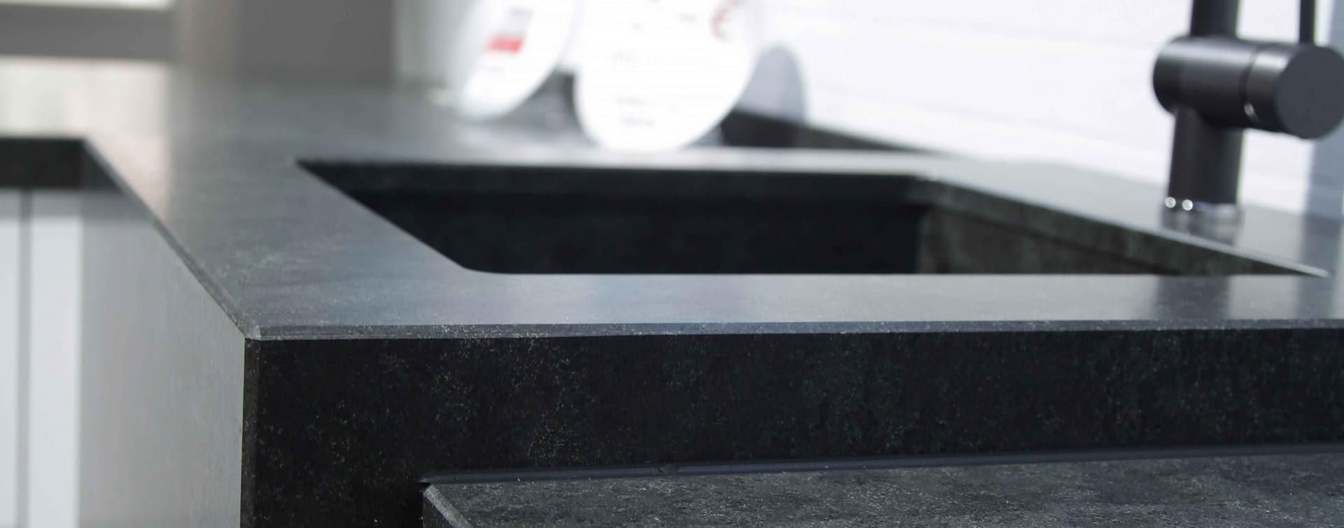 naturstein sp lens ule marquardt k chen. Black Bedroom Furniture Sets. Home Design Ideas
