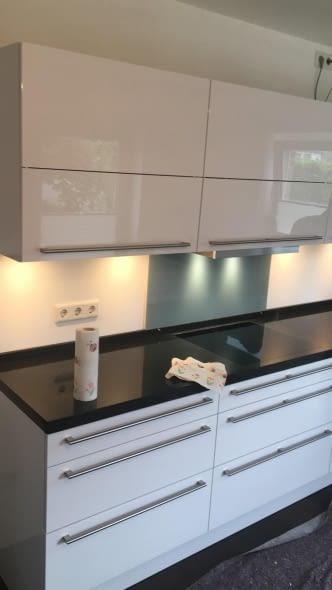 Weiße Hochglanzküche Kundenbewertung - Marquardt Küchen