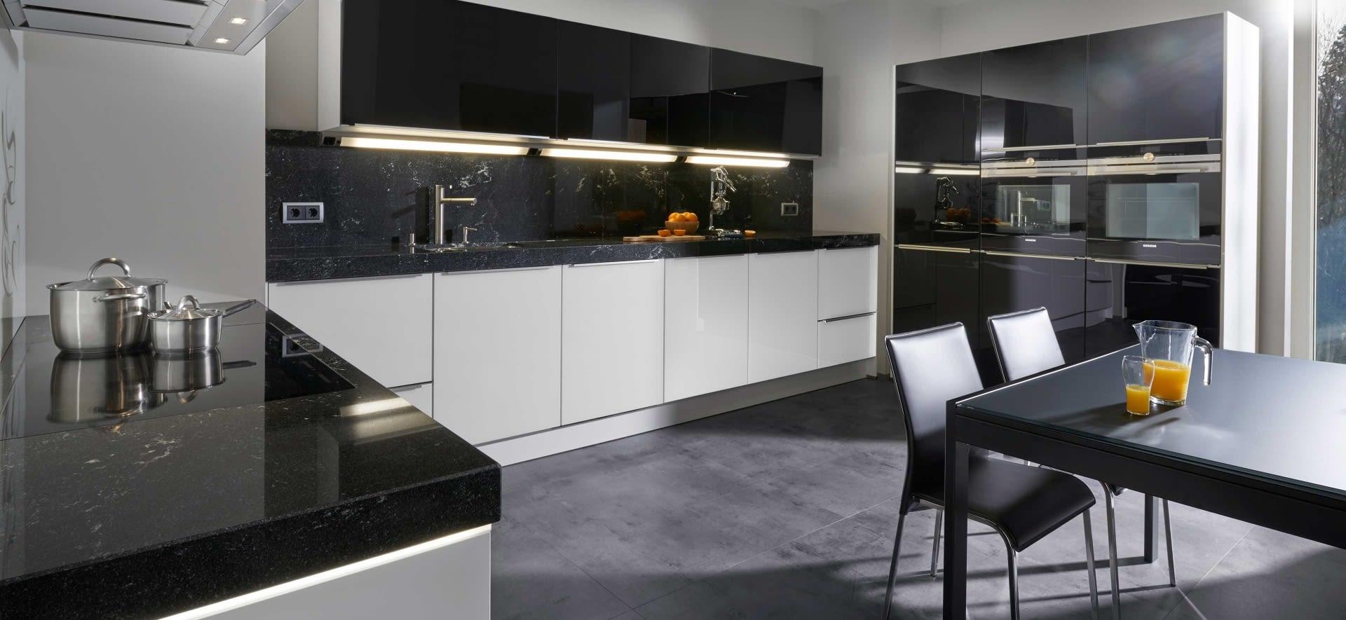 moderne u-küche glas tec plus mit via lattea - marquardt