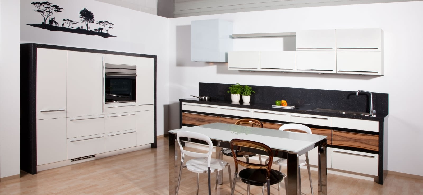 2 zeilen feel highlight mit african silver. Black Bedroom Furniture Sets. Home Design Ideas