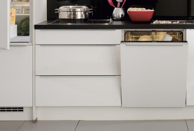 Küchenzeile Naturstein ~ zeitlose küchenzeile glas, weiß hochglanz mit naturstein star galaxy marquardt küchen