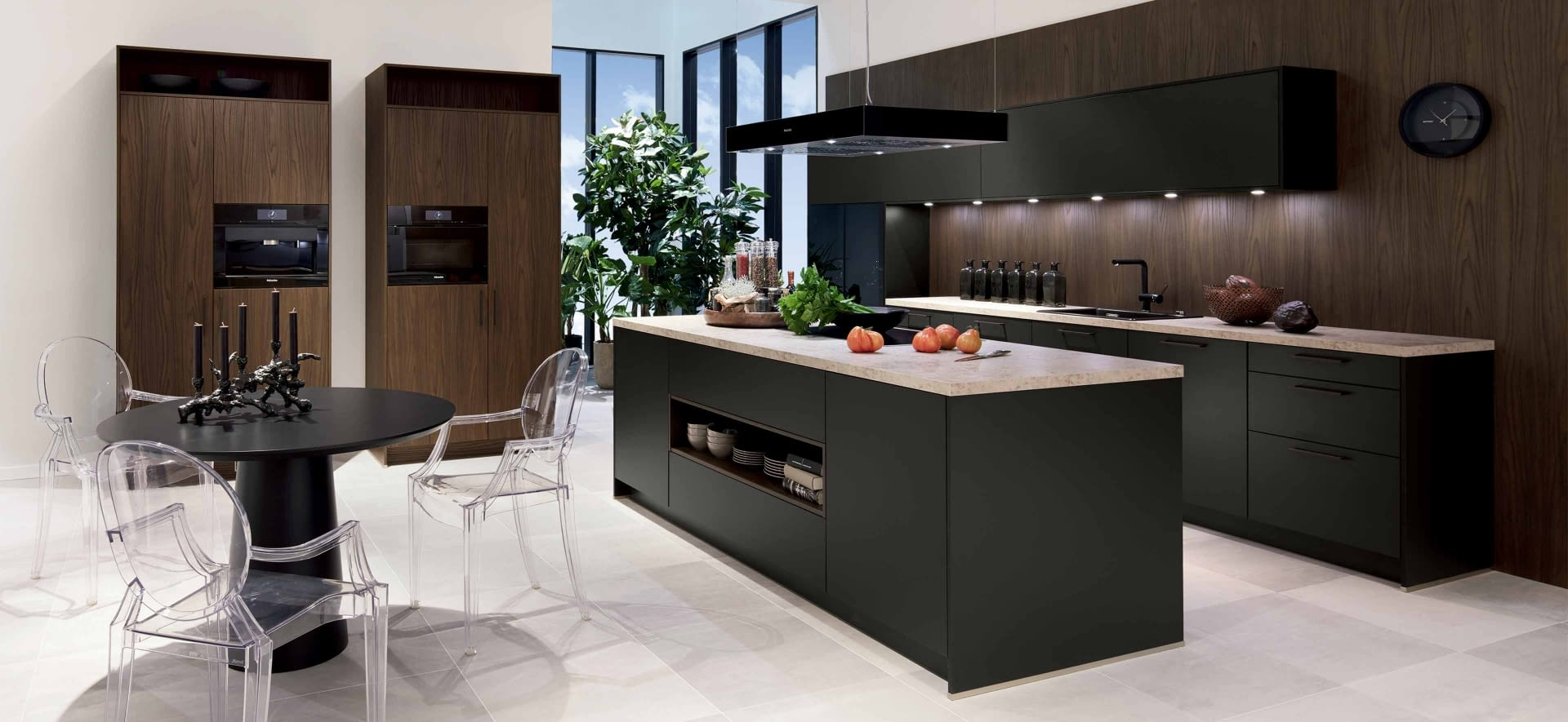 moderne k che havannaschwarz sherwood dunkelbraun marquardt k chen. Black Bedroom Furniture Sets. Home Design Ideas
