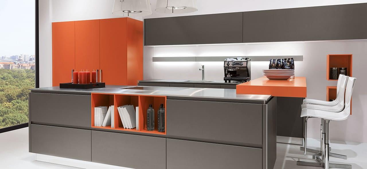2 zeilen k che marquardt k chen. Black Bedroom Furniture Sets. Home Design Ideas
