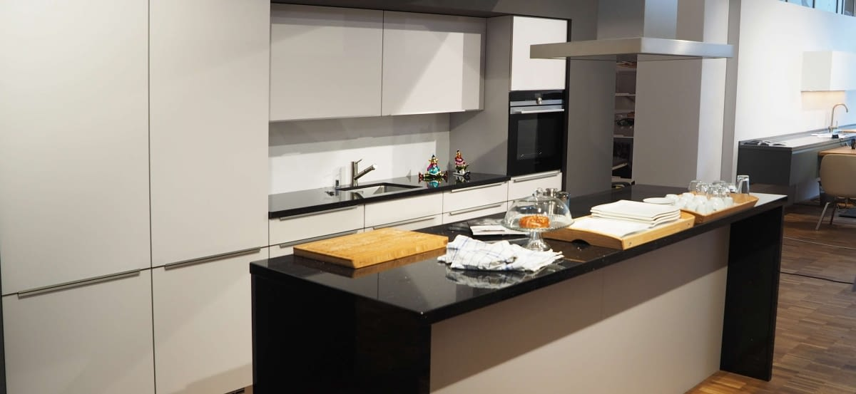 Abverkaufskuchen munchen rheumricom for Küchenstudio münchen
